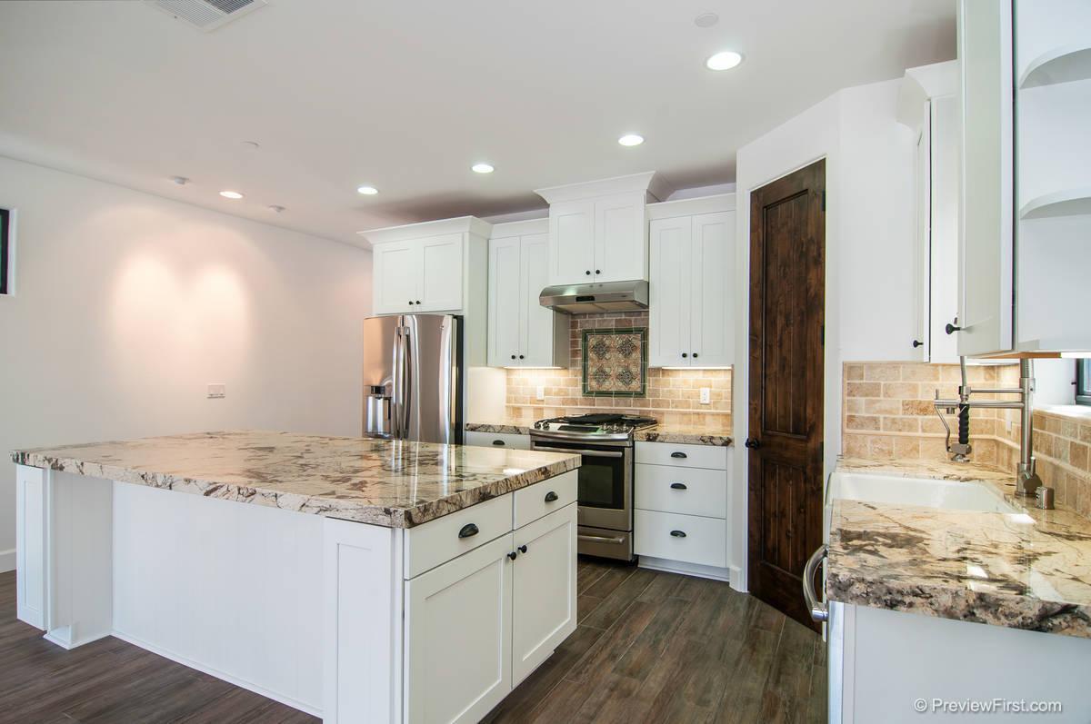 3964 Honeycutt Kitchen