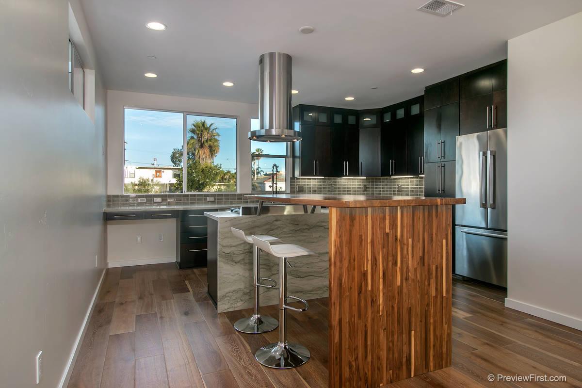 3924 Haines Kitchen