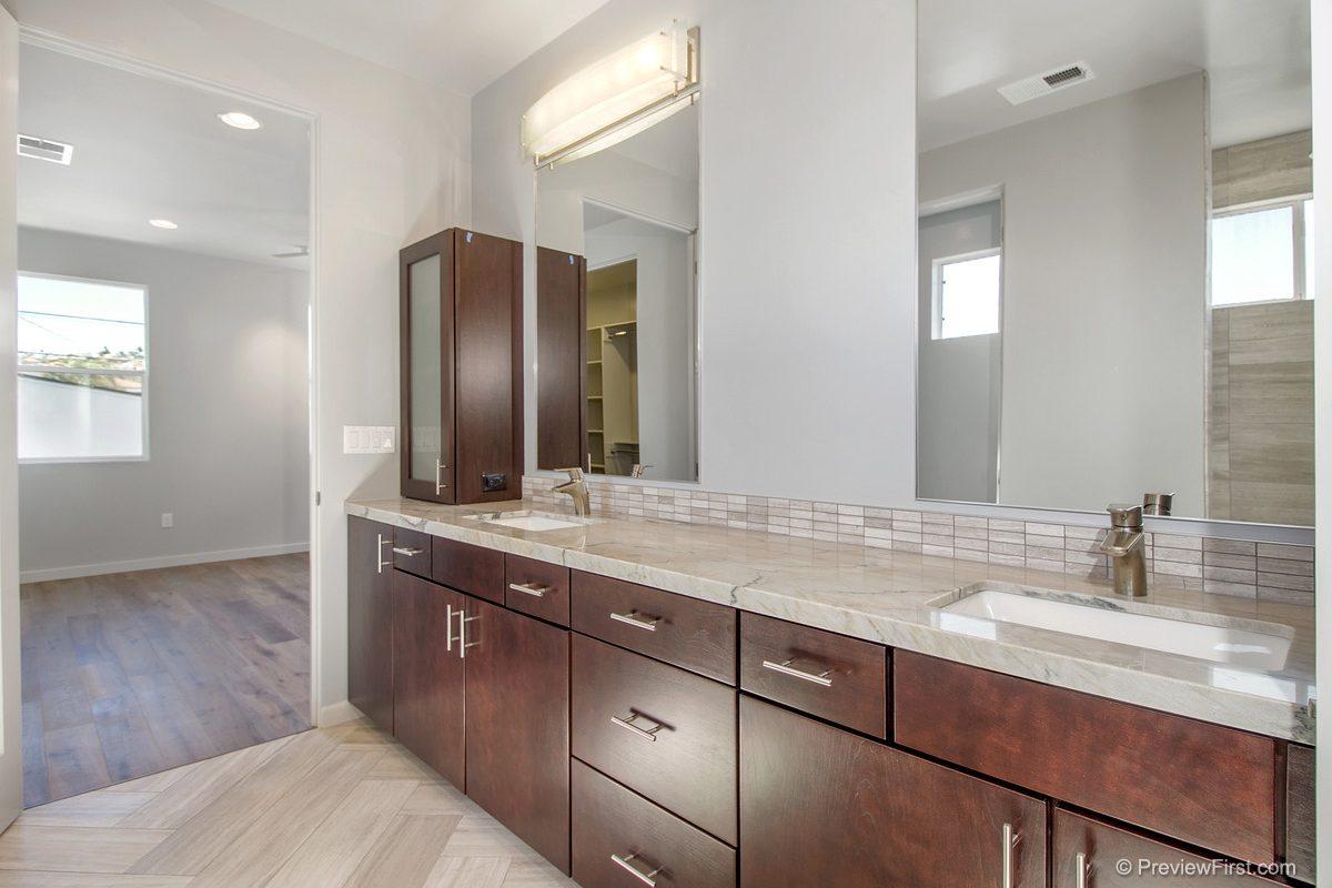 1030 Tourmaline Bathrooms