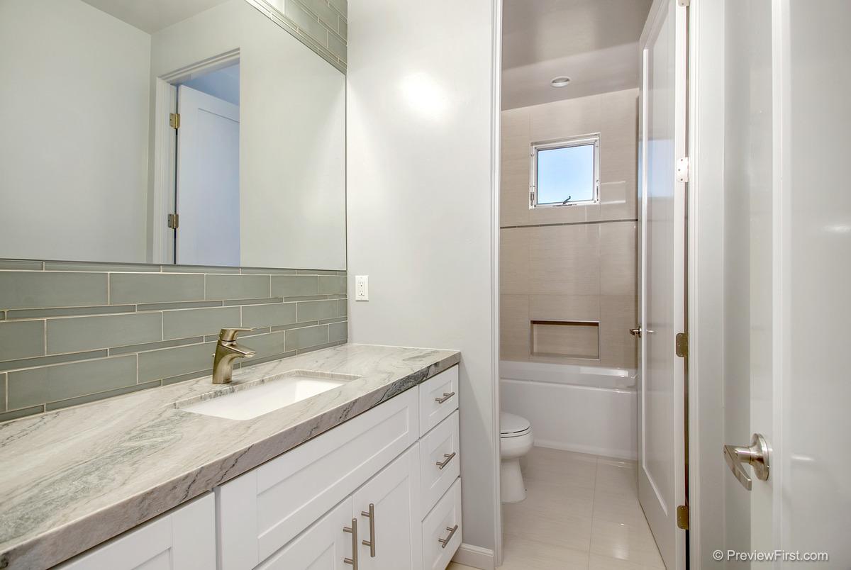 1030 Tourmaline Bathroom