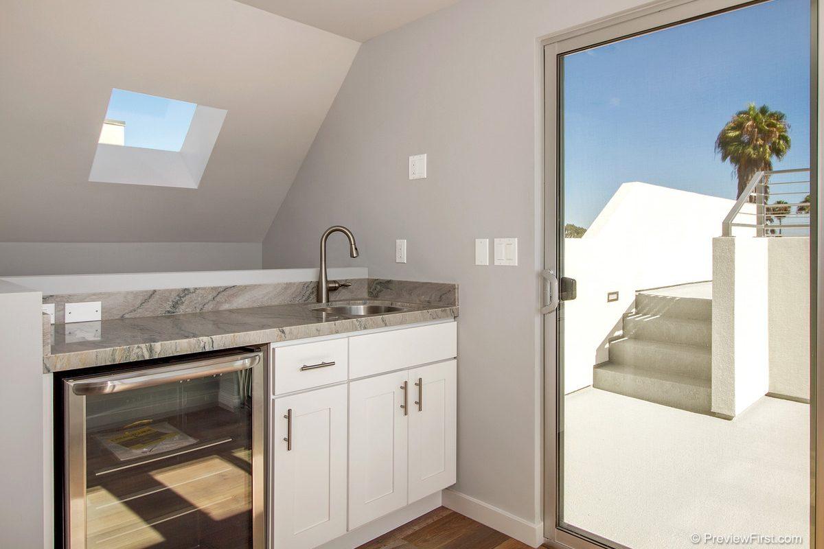 1030 Tourmaline Kitchen