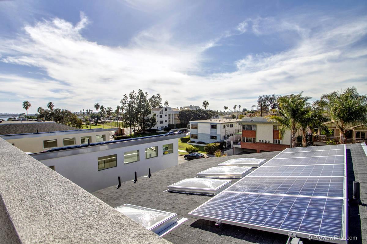 3815 Kendall Solar Panels