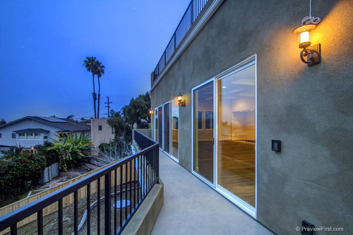 2448 Poinsettia Terrace