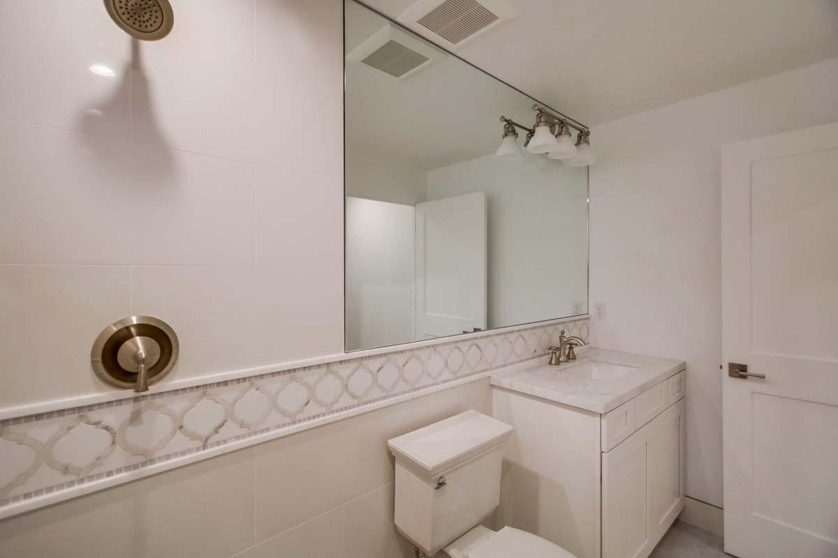 5431 Candlelight Bathroom Photos