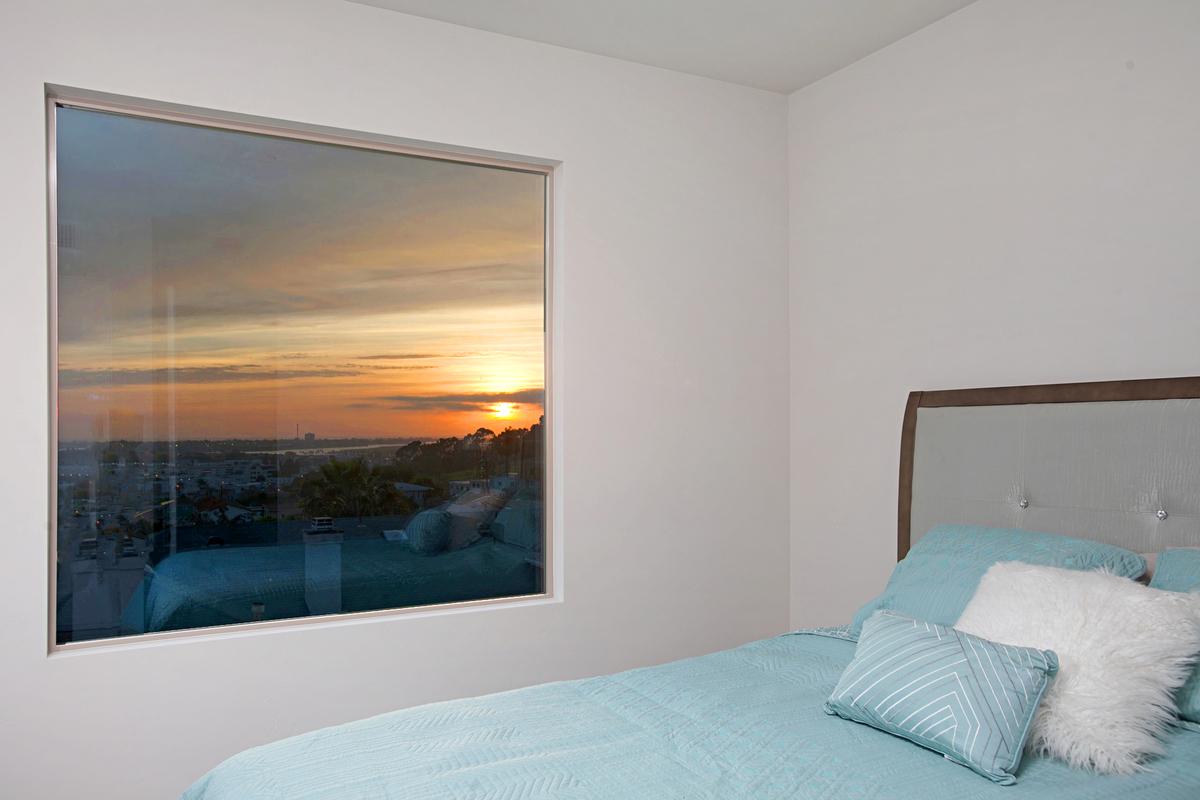 5846 Lauretta Bedroom