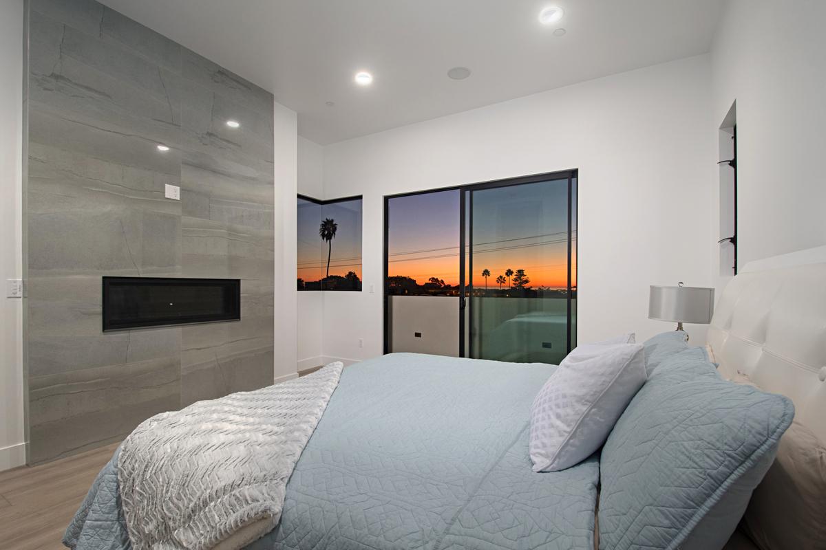 4056 Haines Bedroom