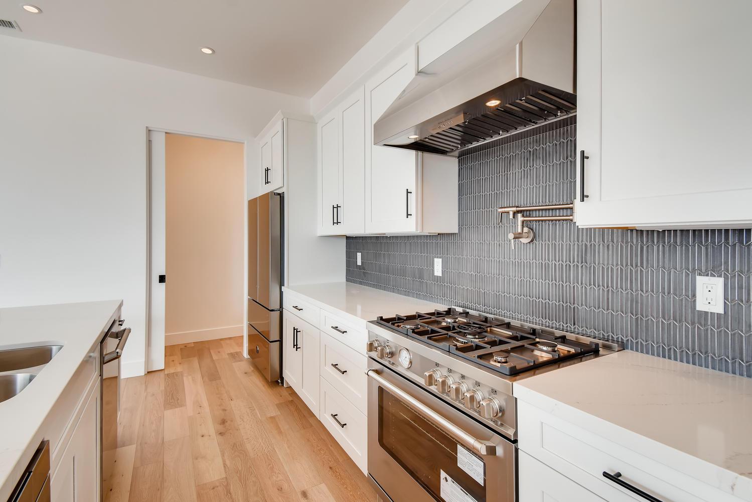 1041 Van Nuys St San Diego CA-large-018-021-2nd Floor Kitchen-1500x1000-72dpi